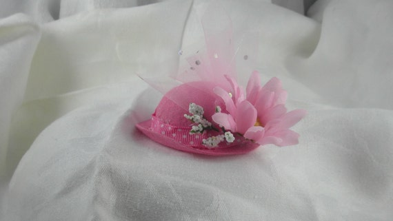 Dainty Pink Hat For Cats