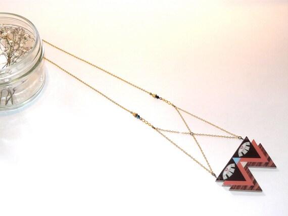 Necklace amulet wood