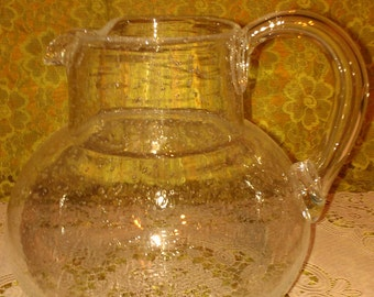 "Vtg clear ""D style handle"" pitcher with bubbles in the glass"