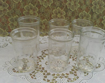 Set of 4 vtg Swanky swigs - jelly jars with pressed diamond pattern