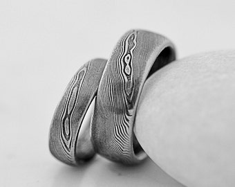 Simple WEDDING Band, Mens or Womens DAMASCUS steel ring, hand forged unique band for him, for her, female love ring, male ring - Prima line