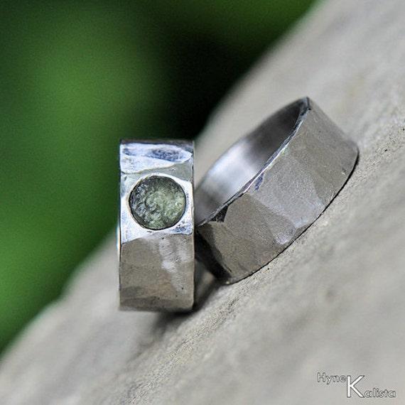 Moldavite Hammered Wedding Ring Womens Mens Stainless Steel