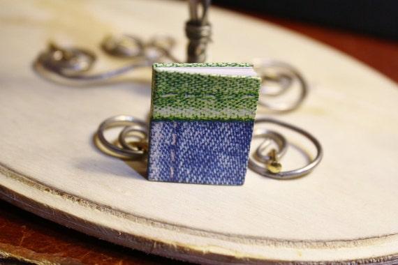 Denim Design' Miniature Doll Book