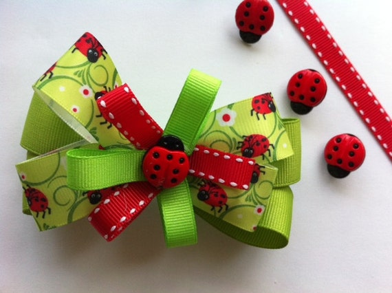 Ladybug HAIR BOW. Green hair bow for girls. Hair Accessories for Girls.