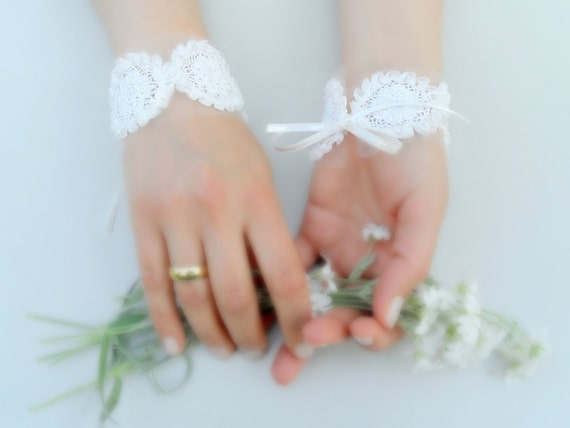 Bridal accessories,ivory,  bridal cuff, bridal belt, headband,  lace, bridal sash, belt, sash parents, bridal gloves, summer wedding,