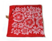 Vintage 80s Bath Towel NEW With Tag Floral Red White Reversible Cotton