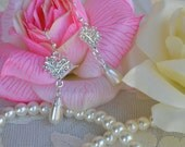 Bridal Pearl Necklace and Earrings Set With Rhinestones