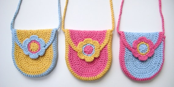 Crochet Pattern curved u-shaped purse bag INSTANT DOWNLOAD PDF, with flap and flower, girl bag,long strap, cute, uk or us crochet terms, No9