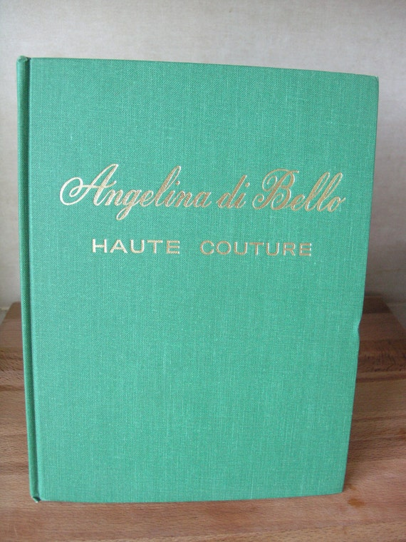 Haute couture. Sewing instructional book in french. Angelina di Bello. Tome 1.