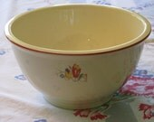 HLC Kitchen Kraft Oven Serve 8 inch mixing bowl, floral with tulips.