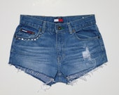 Tommy Hilfiger mid rise jean shorts Size 5