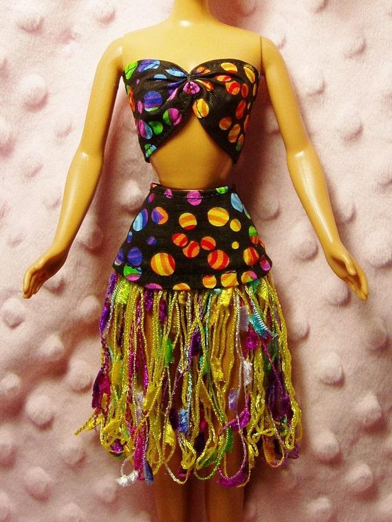Barbie clothes - Ribbon Hula Skirt, Top, Purse & Shoes.