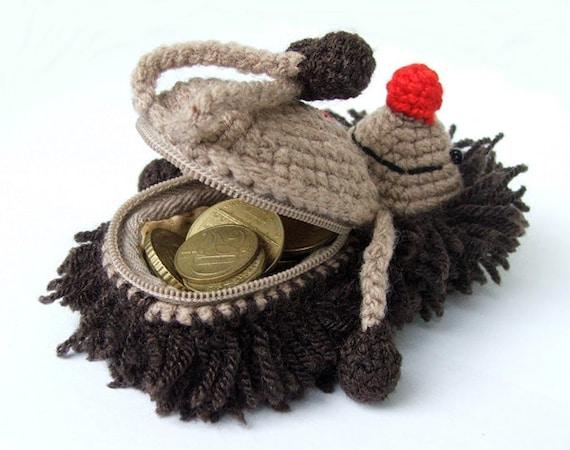 Hedgehog purse / crochet wallet / amigurumi animal / money-bellied hedgehog
