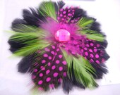 1 piece Pink Feather Cabochons. Wedding Headband. Wedding Fascinator. Wedding Headpiece. Newborn Headband. Feather hair Clip. Photo prop.