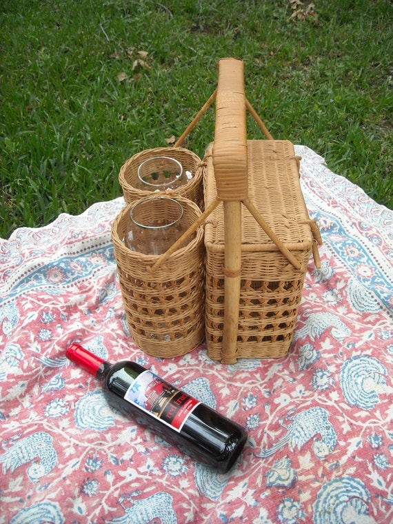 Picnic Basket Items : Items similar to vintage picnic basket with wine glass