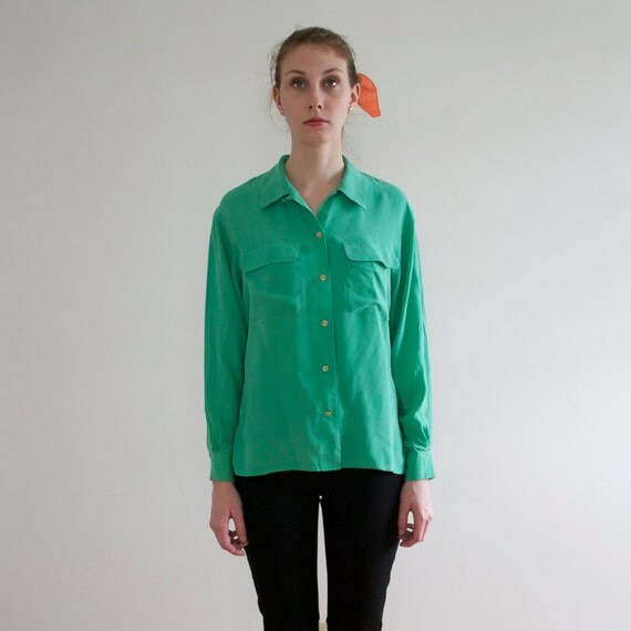 sale -- vintage 1980's mint green silk blouse - size small/medium