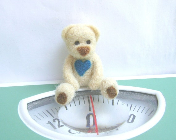 Needle Felting Blue Heart Bear, Hand Felt Brooch, Ready to Ship