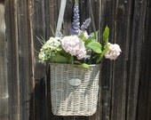 French Country Fleurs Hanging Door Wicker Basket for Flowers or Wine Basket with Strap