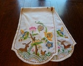 Beautiful hand embroidered Art Deco table runner