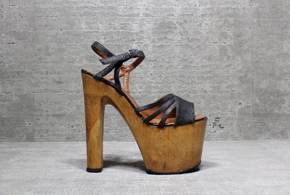 Vtg 70s Glam Leather Wood Monster Platform Sky High Sandals 5- 5.5