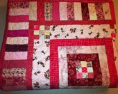 Scrappy Pink Floral Patchwork Quilt, twin bedding