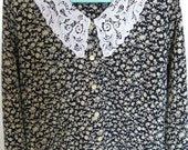 STUNNING VINTAGE SHIRT.  beautiful white lace collar,  very unigue style
