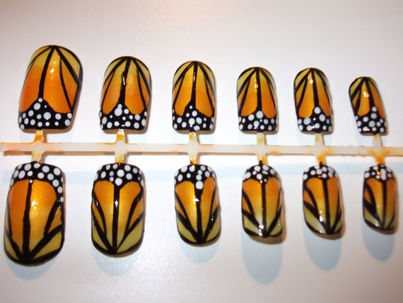 Monarch Butterfly Wing false nails