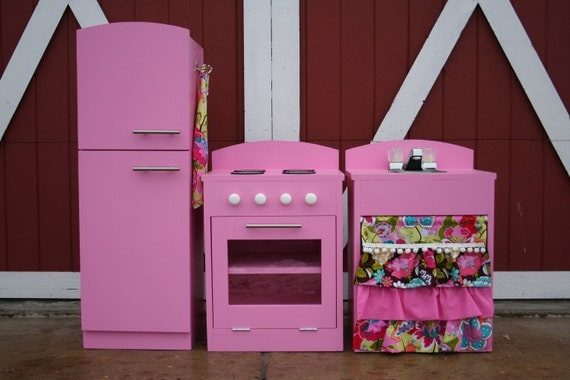 Reserved for annajpate...pink kitchen set.
