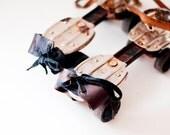 Vintage roller skates - Adjustable Metal Roller Skates with Leather Straps - metal black brown