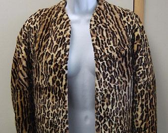 Vintage Faux Leopard Print Cape with Pockets