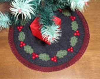 Holly Berry Wool Penny Rug E-Pattern