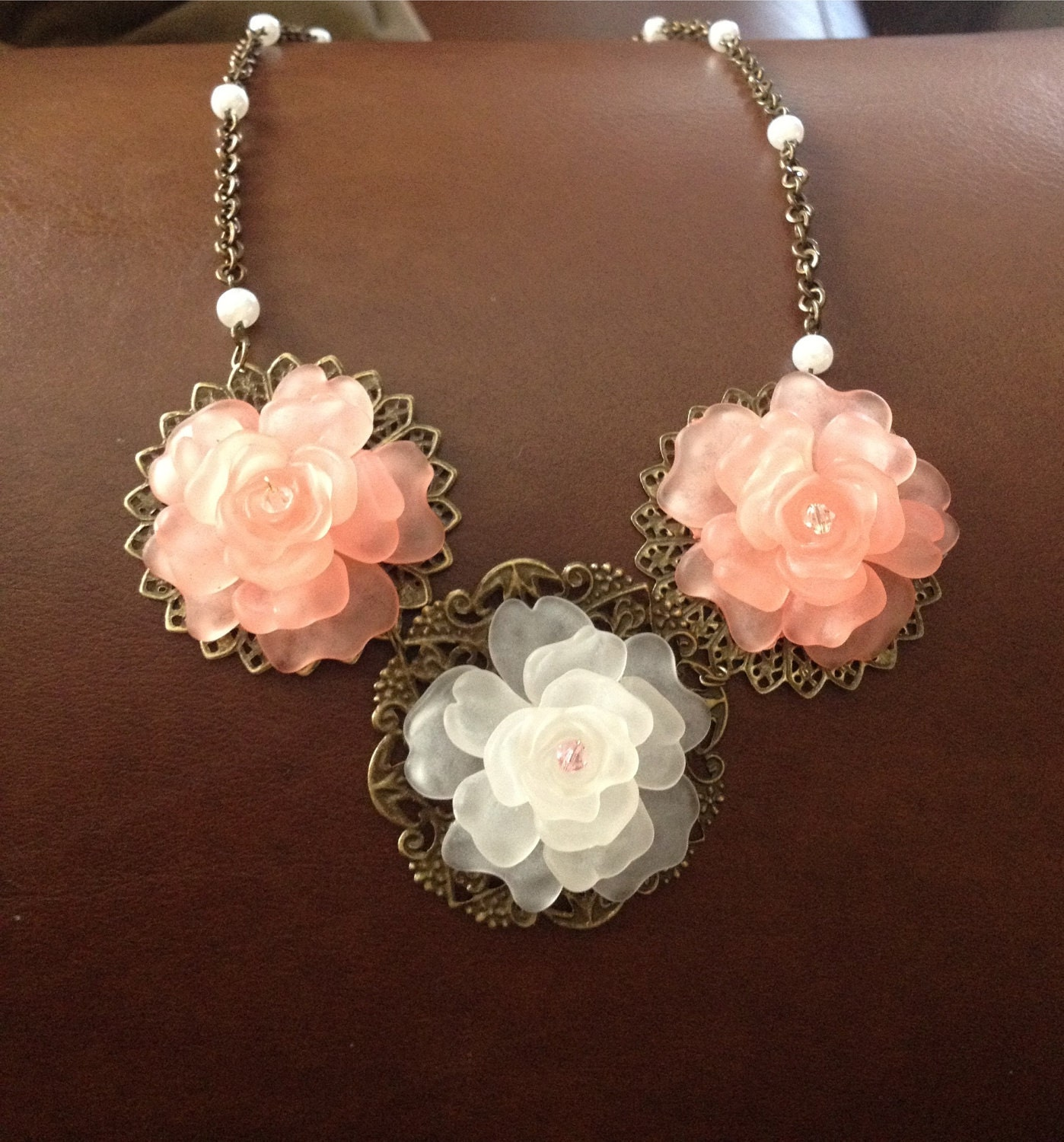 Vintage looking wire flower necklace