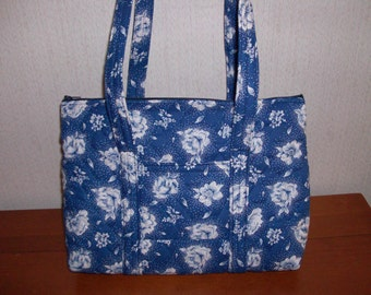 Blue and White Rose Print Quilted Purse