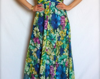 60's FLORAL DRESS in stunning condition.