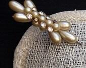 Pearl teardrop and diamante genuine vintage hat pin