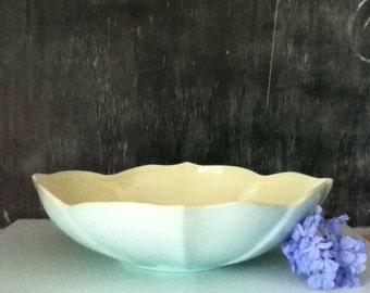 Vintage Weil Ware Bowl