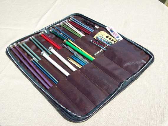 Knitting Needle Set, 1960s vintage case, 21 pairs plus accessories