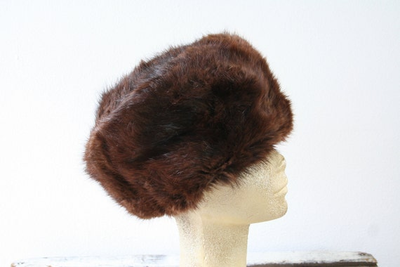 "Mink fur hat in brown, deep hat, vintage fur hat, size 22"" (56cm), womens winter fashion, contemporary style"