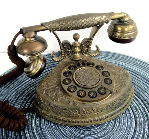 1940's Parlor Phone Replica