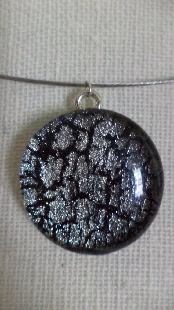 Round Black and Silver Crackle Polish Necklace