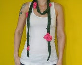 "Flower's on a vine - skinny ""scarf"""