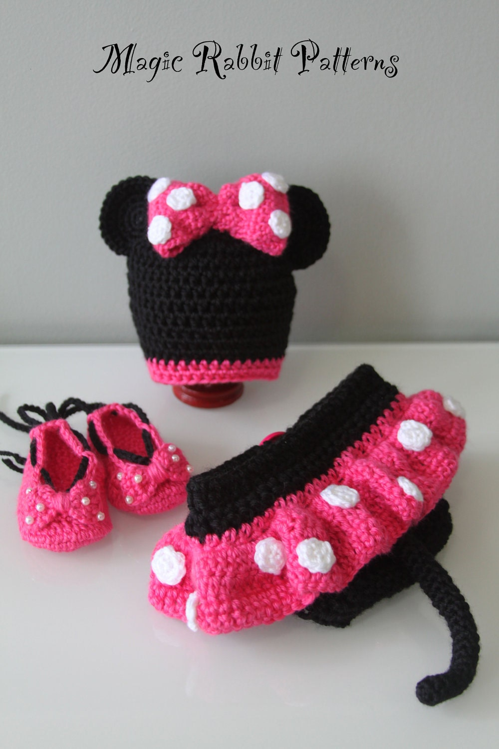 Free Crochet Pattern Minnie Mouse Shoes : PDF PATTERN for Crochet Minnie Mouse Hat, Diaper C, shoes ...
