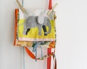 The little artist bag - Messenger bag for kids with crayon or pencil holder - Elephant