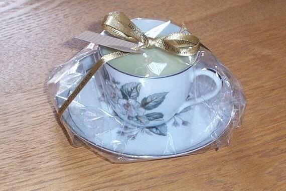 Mini vintage teacup candle