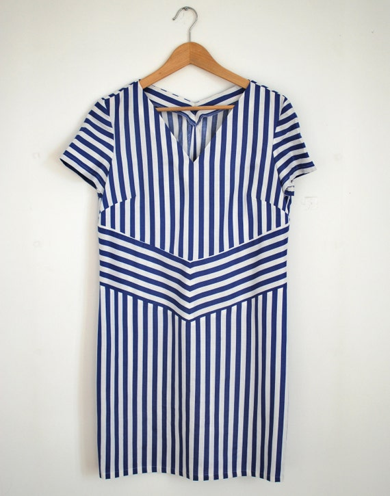 reserved for erstewart89. Vintage fabric losse dress in white and blue stripes