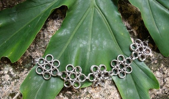 Japanese chainmail flower bracelet