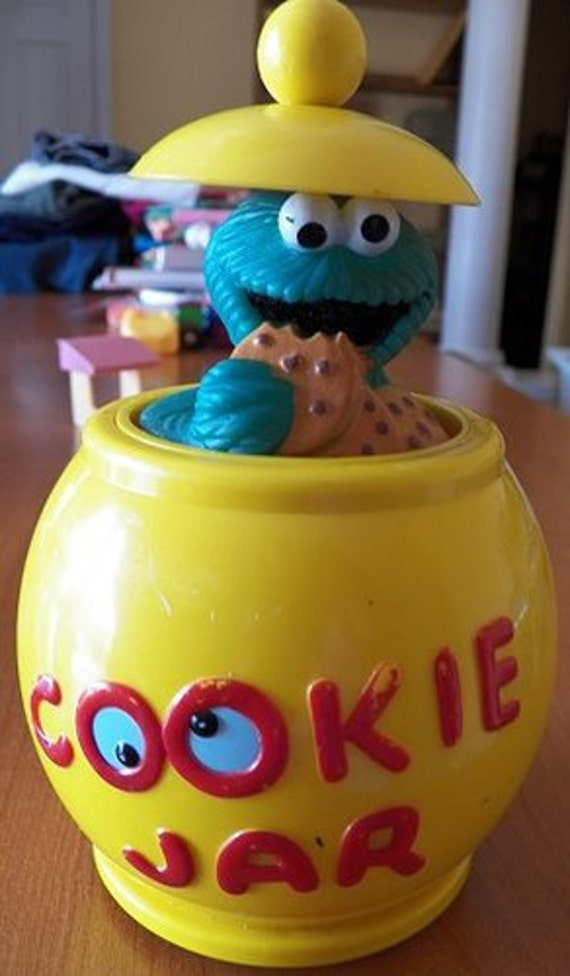 Vintage Illco Cookie Monster Cookie Jar Working Toy With