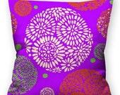 Cushion / pillow floral/flower