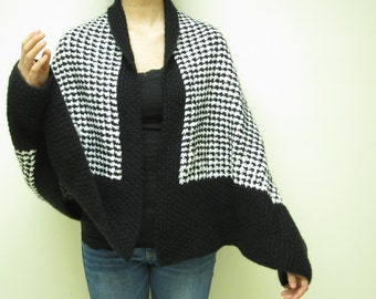 Black and White Chequer  Wrapped With Sleeve Hold (Free Shipping)