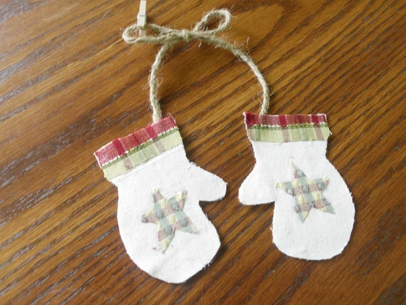 German Twig Tree Ornament Christmas Star Ornament Primitive Tree Ornies Pr MITTENS Country BARN STAR mini clothes pin Cabin Decoration
